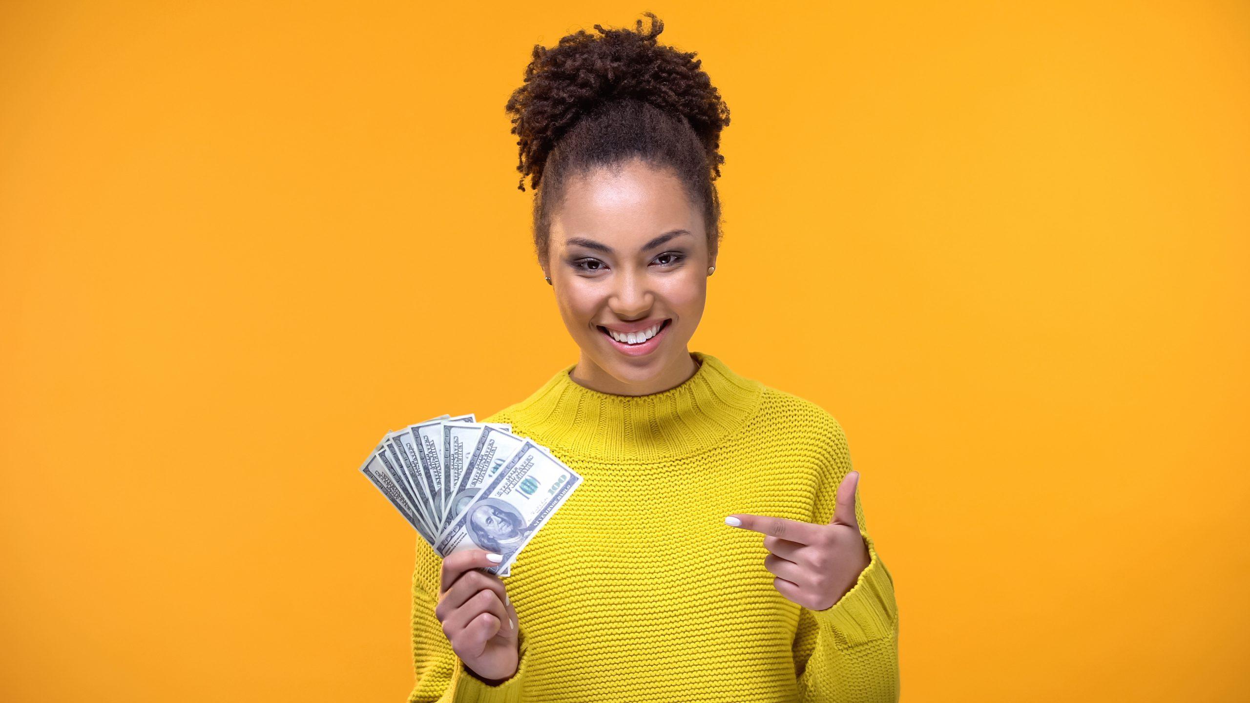 Pożyczki pozabankowe pomagają w nagłych wydatkach polaków