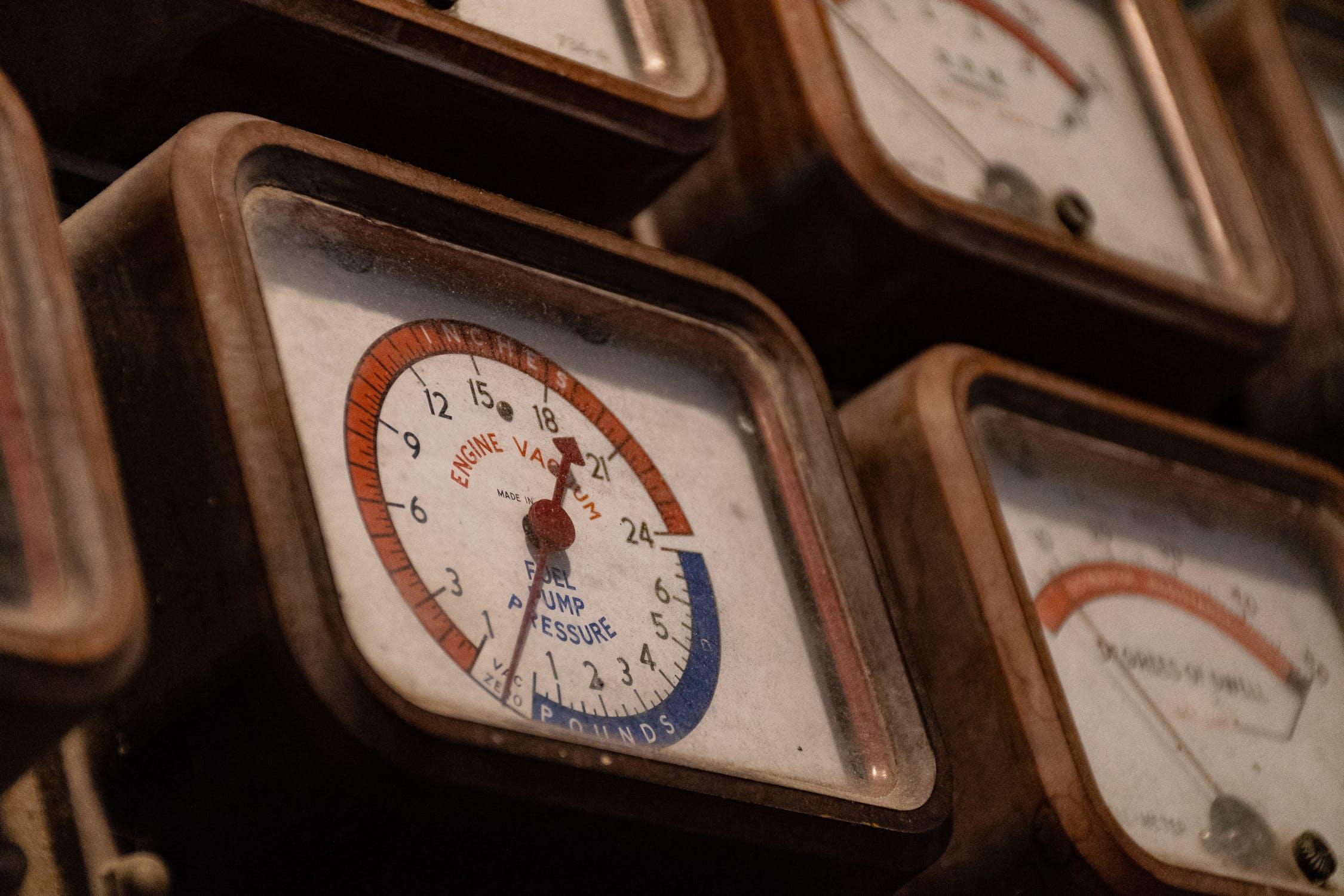 Pomiar podciśnienia - manometr, wakuometr